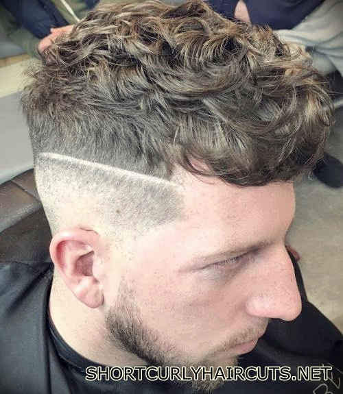 short-curly-haircuts-men-25
