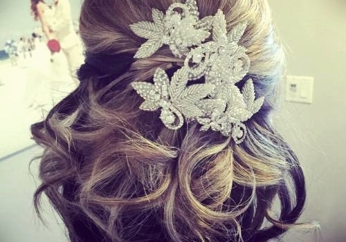 Short Curly Hairstyles for a Wedding - short curly hairstyles wedding 21