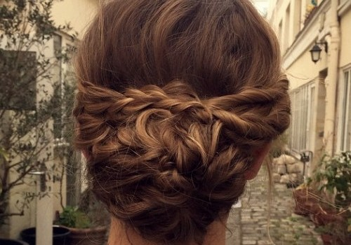 Short Curly Hairstyles for a Wedding - short curly hairstyles wedding 25