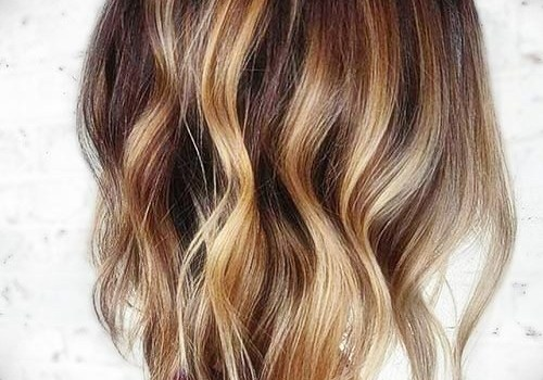 +25 Best Short Hairstyles for Thick Wavy Hair - short hairstyles for thick wavy hair21