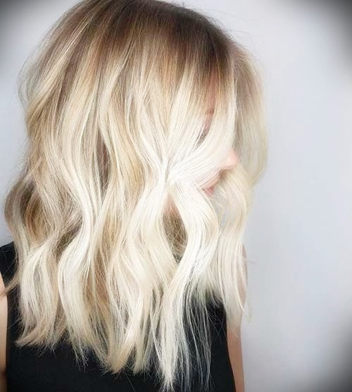 short-hairstyles-for-thick-wavy-hair22