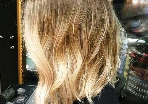 +25 Best Short Hairstyles for Thick Wavy Hair - short hairstyles for thick wavy hair3