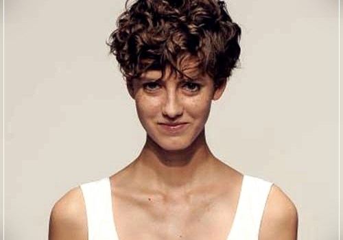 Top 20 Female Short Curly Hairstyles - female short curly hairstyles 10