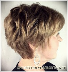 hairstyles-ideas-women-2018-over-50-20