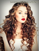 layered-hairstyles-curly-hair-10