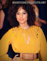 Amazing Layered Hairstyles for Curly Hair - layered hairstyles curly hair 5