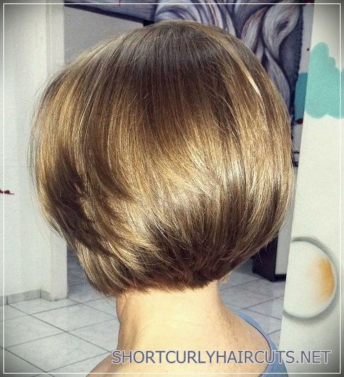 6 Alluring Short Haircuts For Thick Hair - short haircuts for thick hair 13