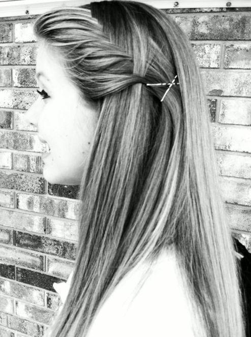 cute hairstyles for straight hair 2 - Cute Hairstyles for Straight Hair