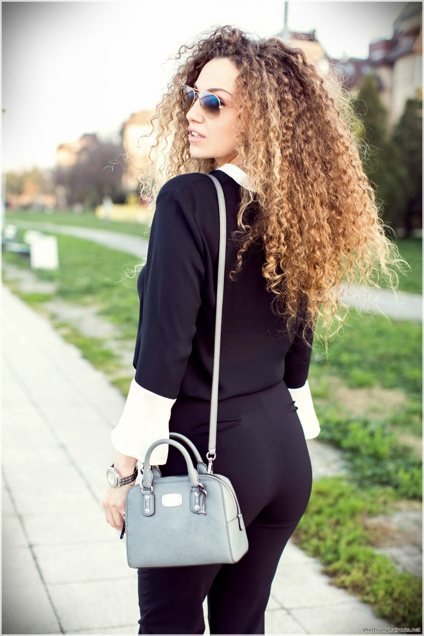 Suggestions of Short Haircuts For Curly Hair - short haircuts for curly hair 4