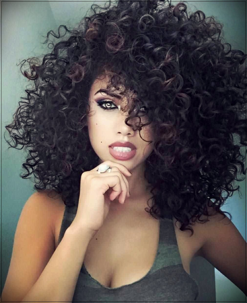 You will not find these layered curly hair ideas for 2018 anywhere else - layered curly hair ideas for 2018 11