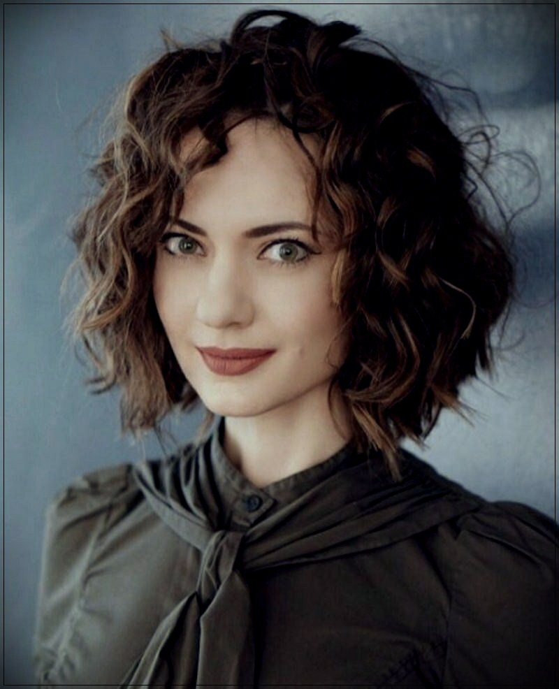 You will not find these layered curly hair ideas for 2018 anywhere else - layered curly hair ideas for 2018 3