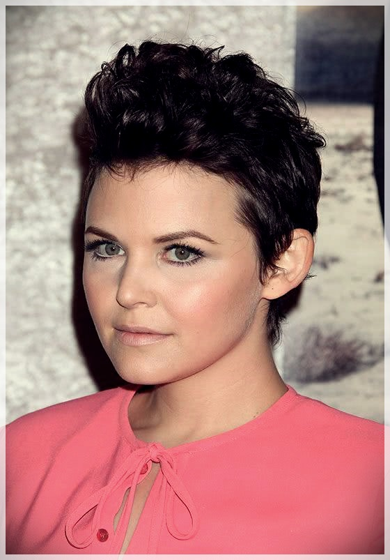 Haircuts for Round Face 2019: photos and ideas - Haircuts for Round Face 2019 7