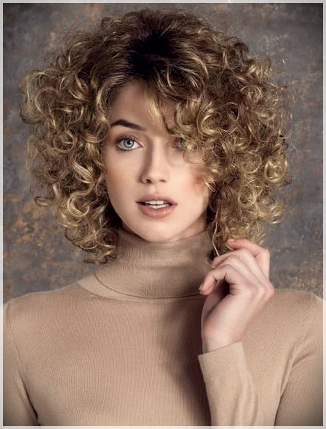 Curly or Wavy Haircuts 2019 - Curly or wavy haircuts 2019 35