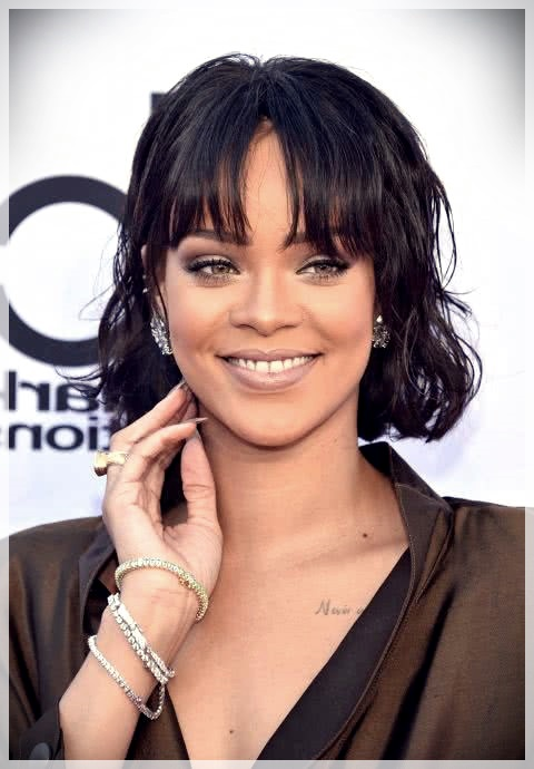 Haircuts with bangs 2019: photos and trends - Haircuts with bangs 2019 11