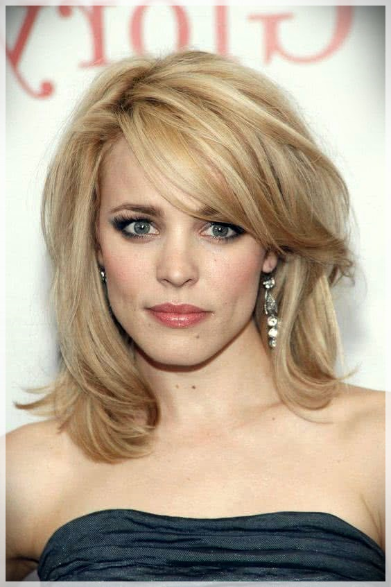 Haircuts with bangs 2019: photos and trends - Haircuts with bangs 2019 41