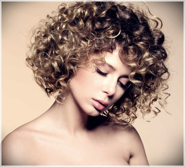 Curly Hair: 10 Tips to Get Them Perfect - curly hair 4