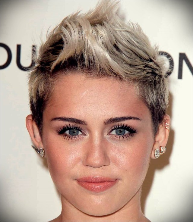 Pixie cut: who is it good for? Photos of stars to draw inspiration from - pixie cut 29