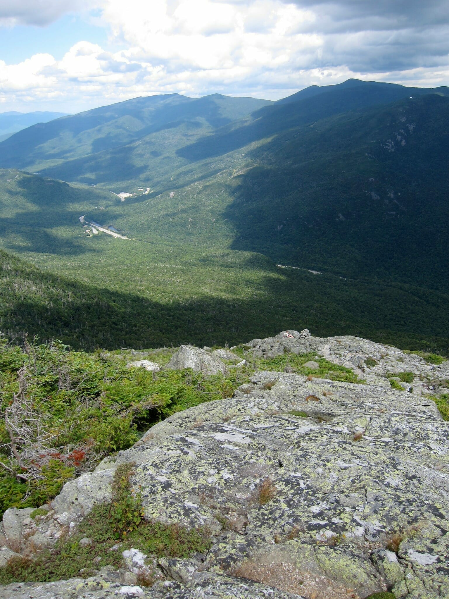 Pinkham Notch from the Boott Spur Trail, with Wildcat Ridge and the Carters in the background