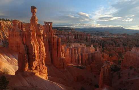 Thor's Hammer at sunrise, Bryce Canyon National Park
