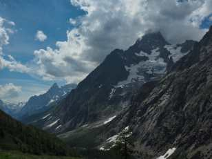 Post-lunch views of the Italian Val Ferret