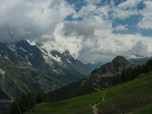 Leaving the Courmayeur ski area on the Tour du Mont Blanc
