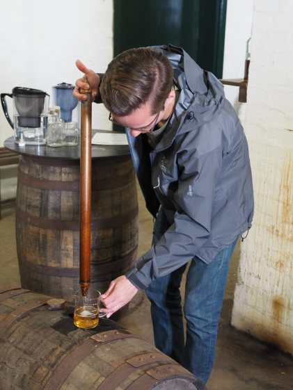 Filling from the cask