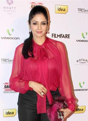 sridevi at 58th filmfare nominations-showbizbites