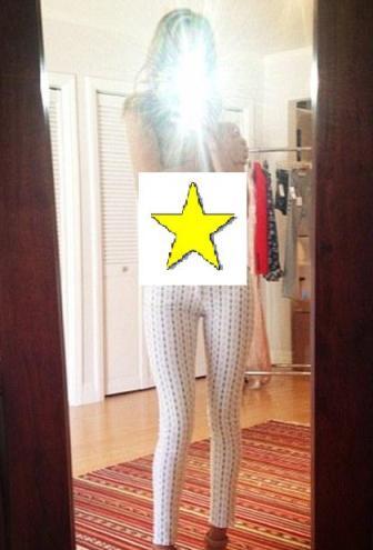rosie post topless pic-showbizbites01