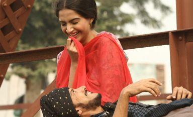 sonam-farhan-bhaag-showbizbites