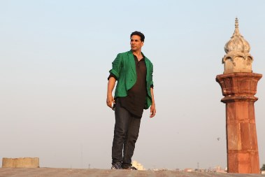 akki-boss-still-showbizbites