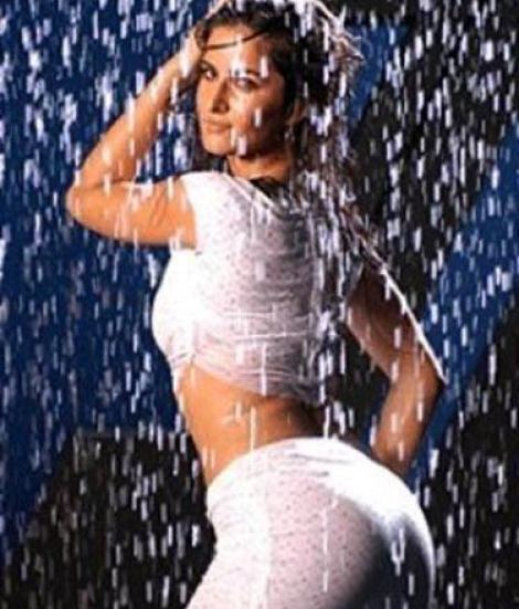 katrina-wet-showbizbites