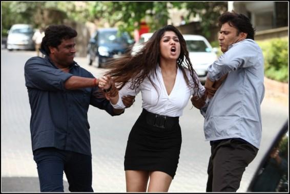 nayanthara-aarambam-showbizbites
