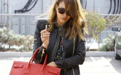 Jessica-Alba new look-showbizbites-featured