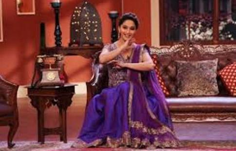 madhuri-huma-comedy nights-showbizbites-01