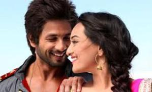 Top 10 Bollywood Songs of the Week: Gandi Baat (R…Rajkumar) Wins 1st Position