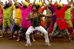 R…Rajkumar Opens with Average Occupancy