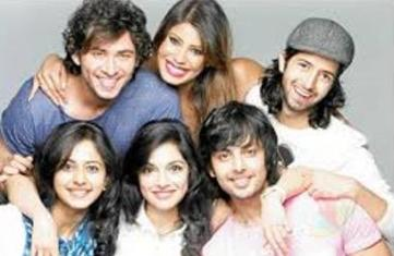 yaariyan cast with director-showbizbites