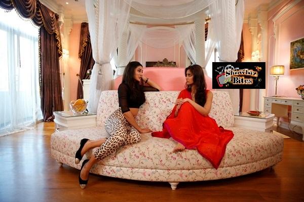 Nargis and Illeana in Main Tera Hero-showbizbites