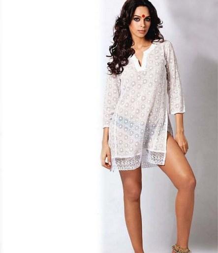 mallika sherawat hot pictures-showbizbites-04