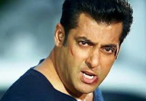 salman in jai ho still-showbizbites-03