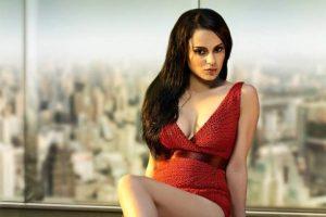 Photos: Kangana Ranaut Puts Her Hot Deep Cleavage on Display