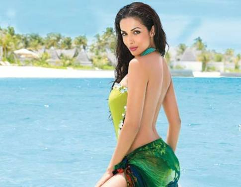 malaika arora-hot-showbizbites-14