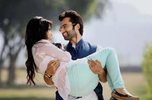 youngistaan-showbizbites-01