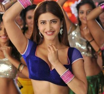 shruti haasan hottest photos-showbizbites-01