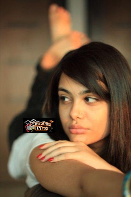 Nazia Hussain-showbizbites