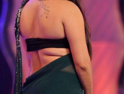 namitha hot back-showbizbites