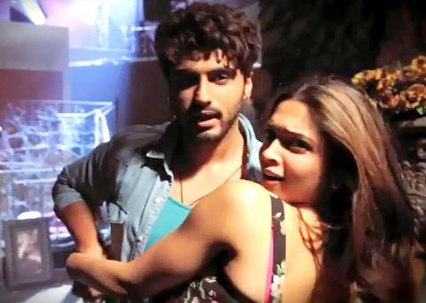 finding fanny-still-showbizbites