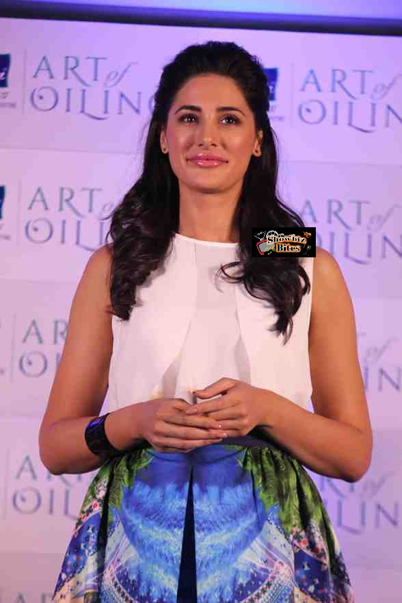 Nargis at Prarachute Event-showbizbites