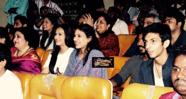 rajini's family watches Lingaa-showbizbites