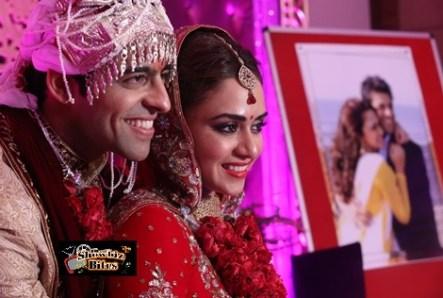 Amruta Khanvilkar and Himmanshoo Ashok Malhotra-2